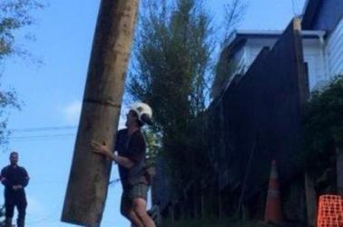 Mark doing a little pole dancing.